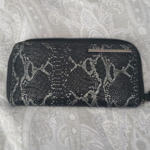 Leather snakeskin wallet
